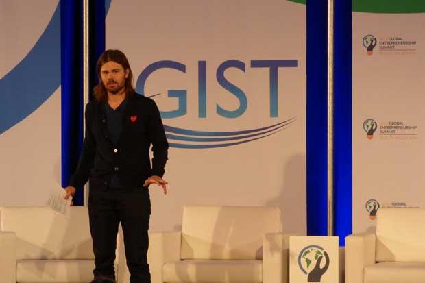 Dan Price participará de conversatorio gratuito en U Latina