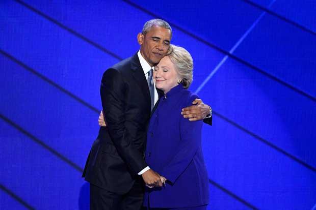 Obama pasa la antorcha a Clinton y se prepara para su legado