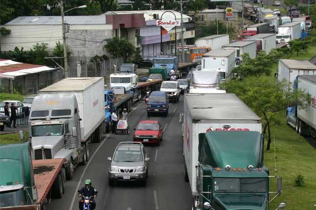 Gobierno responde a traileros y no justifica manifestación