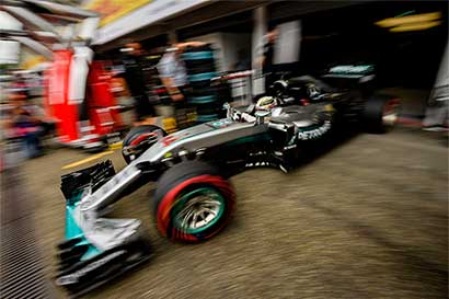 Hamilton estrena su liderato en Alemania