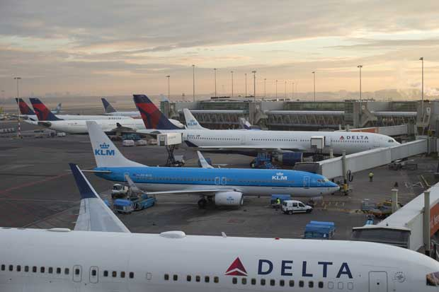 Delta establece nuevo récord de pasajeros transportados en un día