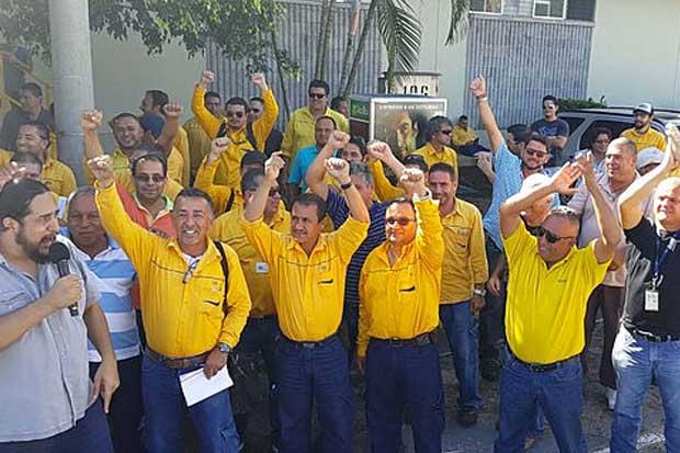 Trabajadores del ICE se manifestarán contra despidos