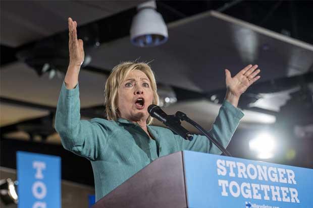 Clinton prepara discurso económico para contraatacar al de Trump