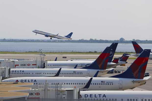 Cancelan dos vuelos en el Juan Santamaría por fallo en sistema de Delta