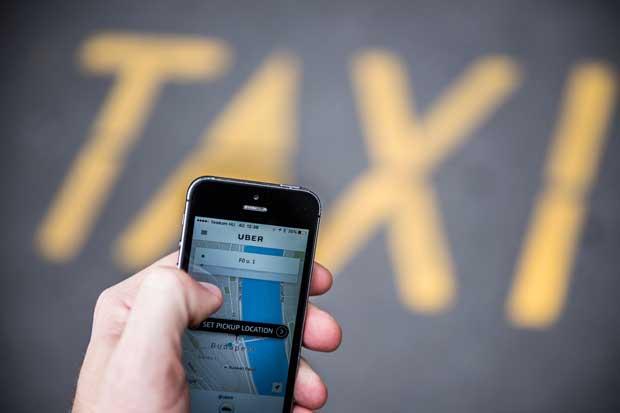 Uber responde a protestas de taxistas con viajes a ¢1.000