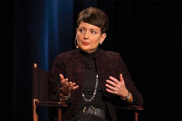 Duke invita a tres empresas a comprar activos latinoamericanos