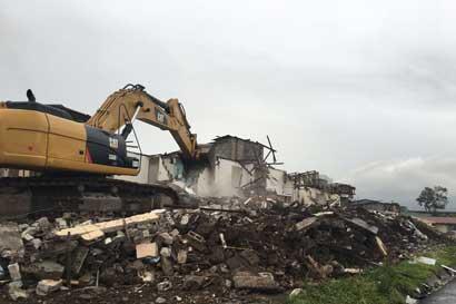 Demoliciones arrancan en Tibás para abrir paso a Circunvalación Norte