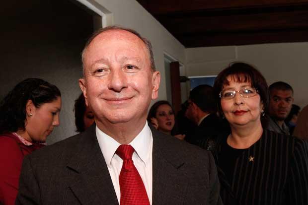 Rodolfo Hernández niega pacto con el PUSC