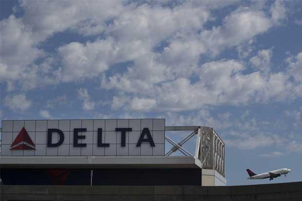 Falla de sistema de Delta es llamado de atención a sector aéreo