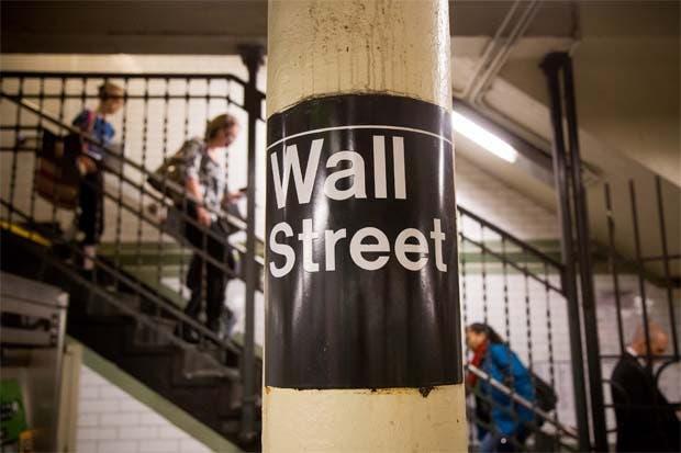Interrupciones en mercado bancario crean desacuerdo en Wall Street