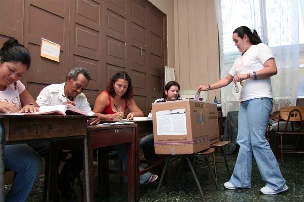 Reforma busca eliminar discriminación por edad en elecciones