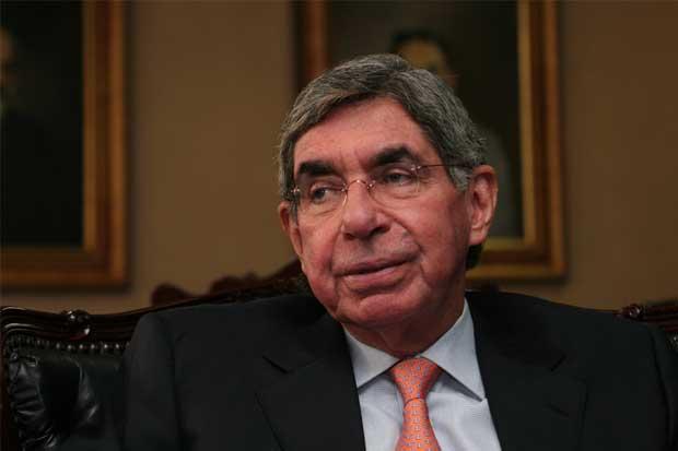 Óscar Arias y Johnny Araya, los políticos con más opiniones favorables, según CID Gallup
