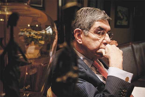 """Oposición: """"Arias es vulnerable en una segunda ronda"""""""