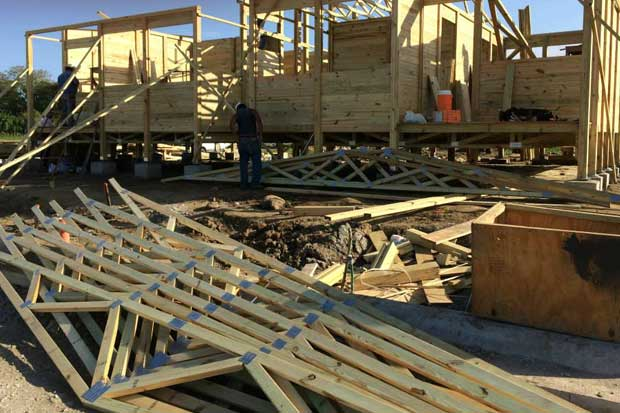 TEC fomenta proyectos de casas de madera