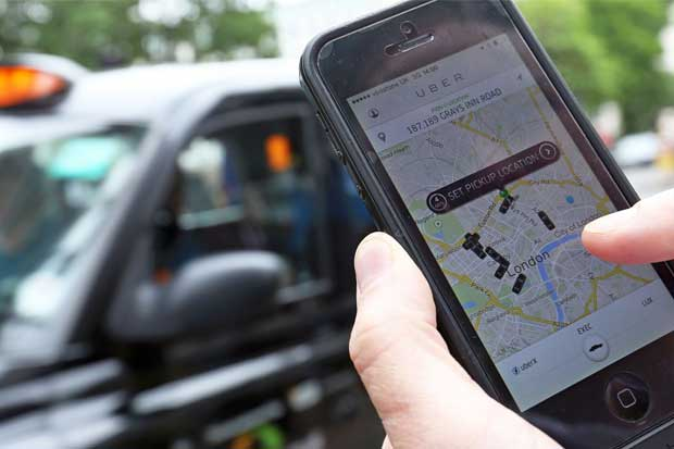 Uber demanda a Londres por obligar a los choferes a hacer exámenes de inglés