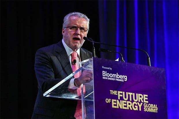 Bachelet utilizará subasta de energía para presumir sobre su gestión