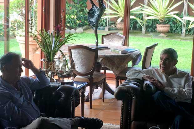 Diferencias entre Ottón Solís y Óscar Arias dificultan acuerdo