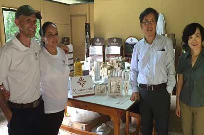 Empresarios de Monteverde recibirán impulso para exportar