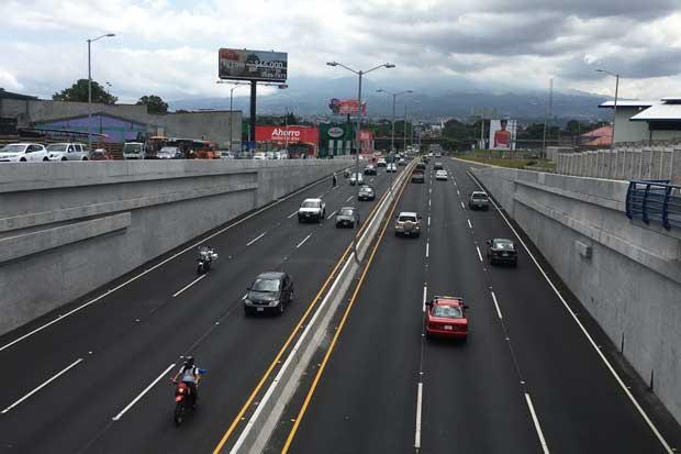 Inauguran paso a desnivel en Paso Ancho