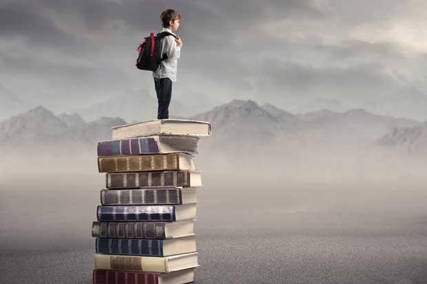 Pronto sus hijos podrían estudiar de pie en la escuela