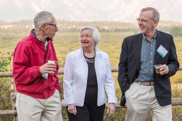 Yellen dice que razones para subir las tasas se fortalecieron
