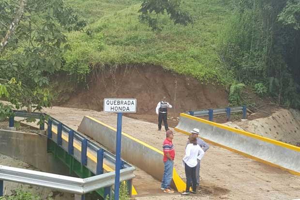 Se estrenan nuevos puentes en Naranjo