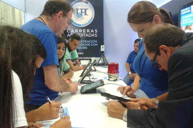 Simuladores y tecnología serán protagonistas en Expo Vocacional UH