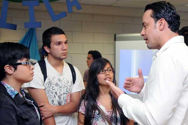 UCR ofrecerá 75 opciones profesionales en feria vocacional