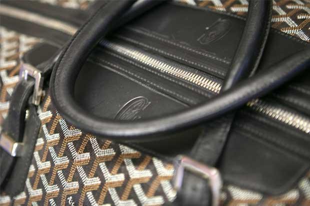 Fabricante parisino reta a Gucci y Louis Vuitton