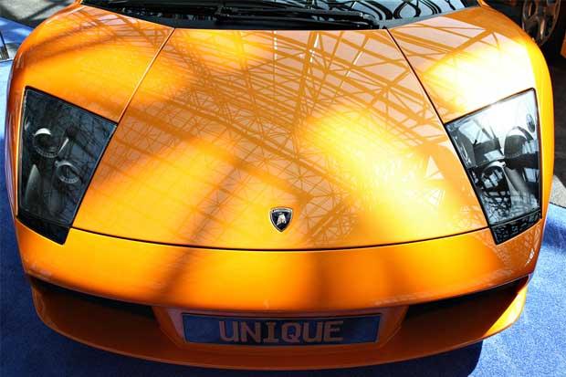 Lamborghini apunta a mujeres con SUV's de lujo