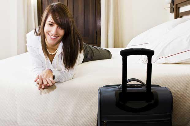 Hoteles ofrecen sistema de voz en sus habitaciones