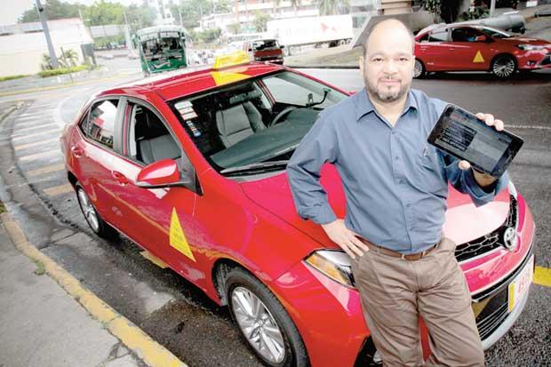 Taxistas competirán con Uber en el campo virtual