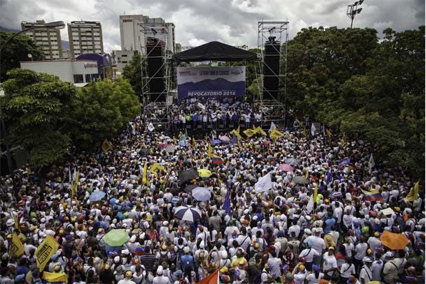 Opositores de Maduro tomaron la capital venezolona