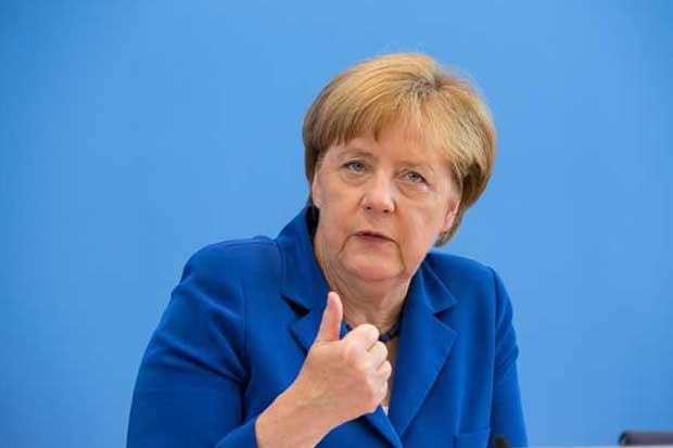 Merkel sólo convence a un 44% de los alemanes, según encuesta