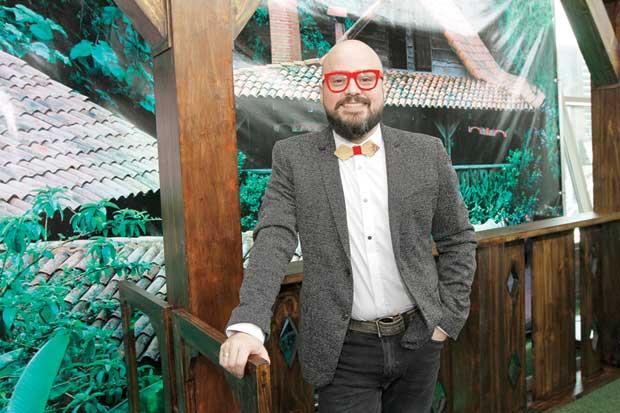 José Cañas promocionará a Costa Rica con su música