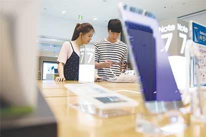 Samsung pide semanas para reemplazar teléfono Galaxy Note 7