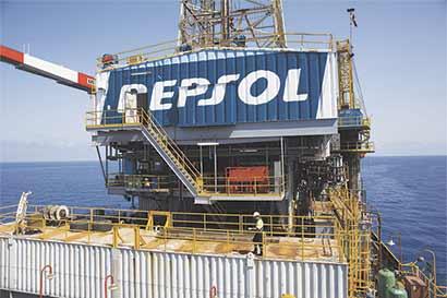 Repsol evaluaría venta de activos de gas en Papúa Nueva Guinea