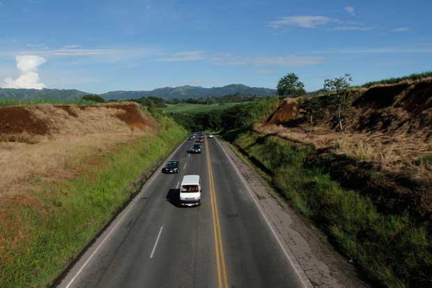 IFAM financia arreglos de vías en San Ramón y Corredores