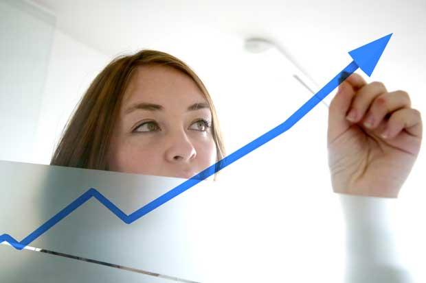 Tipo de cambio podría continuar tendencia al alza, según economistas