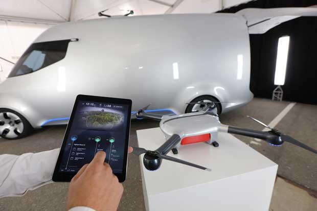 Mercedes equipa camionetas de reparto con drones en Alemania