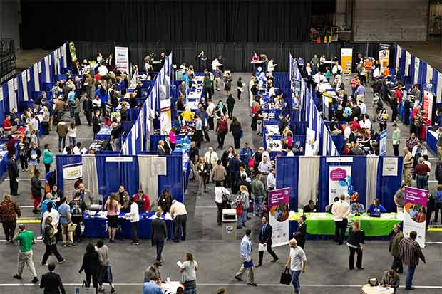 Menos ingresos a la universidad socavan productividad de EE.UU.