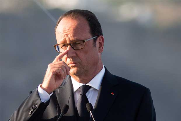 Hollande aún no define su candidatura para 2017