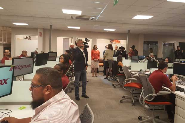Equifax inaugura segundo centro de servicios con 400 nuevas plazas