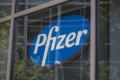 Pfizer critica propuestas de Clinton sobre fármacos