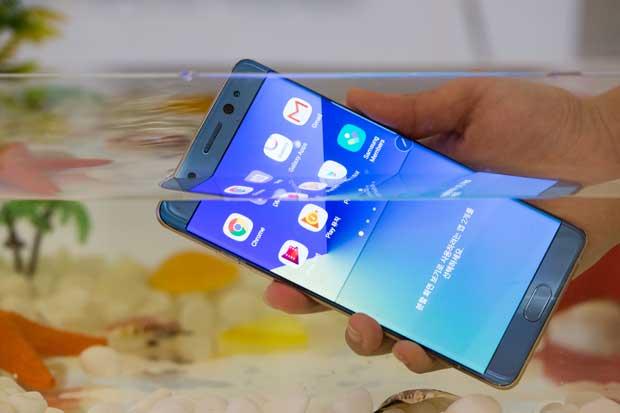 Piden no usar Samsung Note 7 en aviones por riesgo de incendio