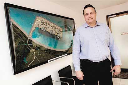 """""""Costa Rica debería albergar una zona libre de impuestos en Limón"""""""