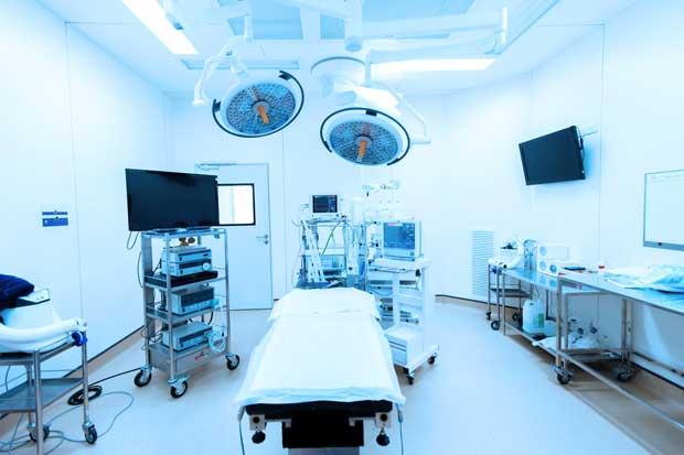 Hospital de Limón cuenta con más especialistas y equipos médicos