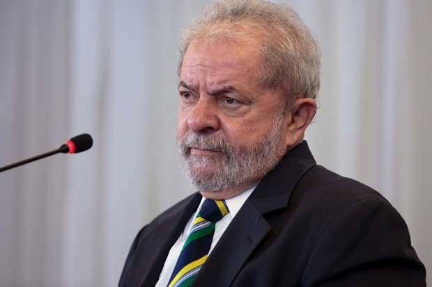 Lula será enjuiciado; juez brasileño acepta cargos de corrupción