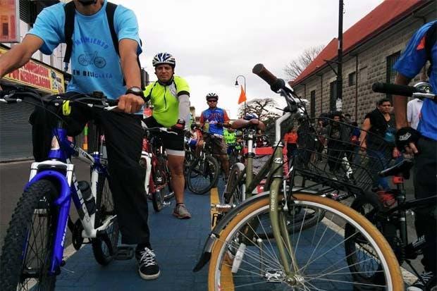 """Diputados, ministros y alcaldes asumirán reto del """"Día sin carro"""""""