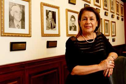 Ministra de Educación: Me preocupan mucho algunas voces de xenofobia